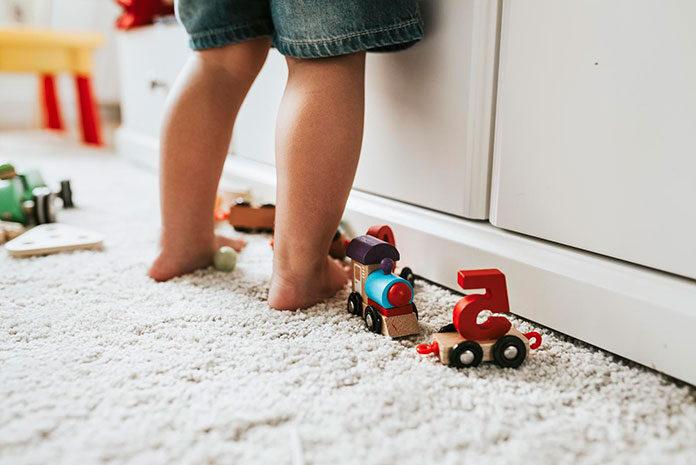 Dlaczego warto kupić dziecku drewniane zabawki